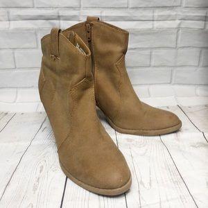 AEO Brown Tan Zip Heel Ankle Boots